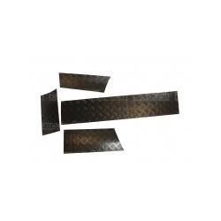 Protections de bas de carrosserie anodisées noire Discovery 1
